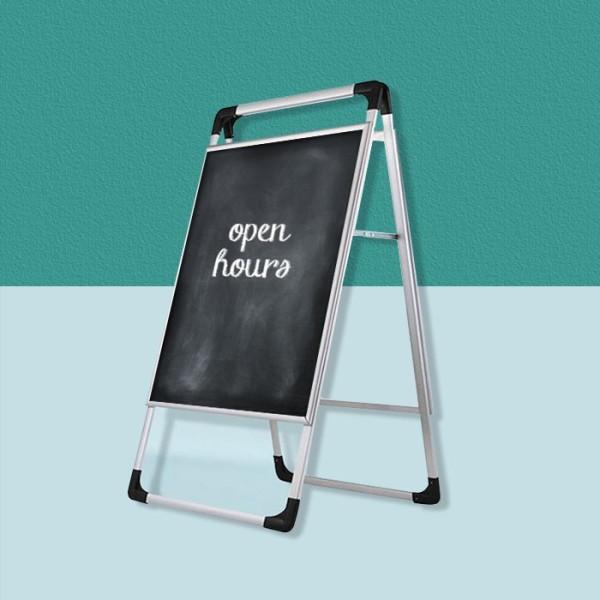 Stand Διαφημιστικό Επιδαπέδιο Μιας Όψης Με Μαυροπίνακα